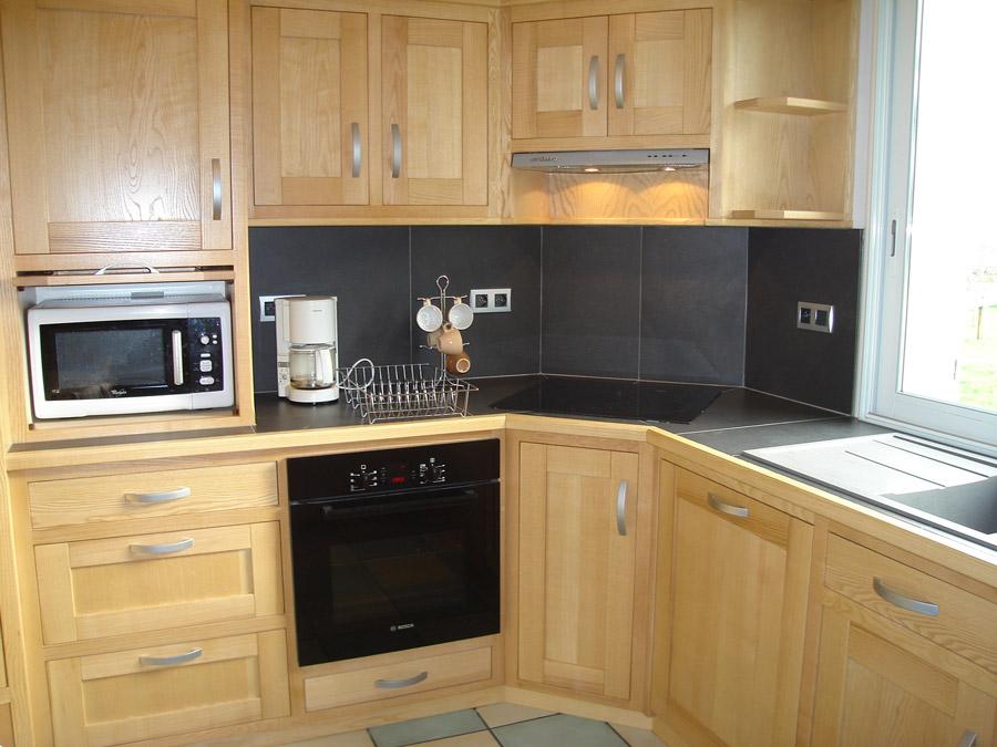 cuisine traditionnelle fabrication cuisine lyon st etienne. Black Bedroom Furniture Sets. Home Design Ideas