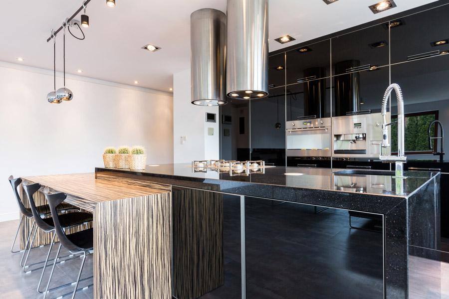 Cuisine contemporaine, installation cuisine, laqué, colonne four ...