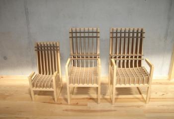 Création de chaises en carton